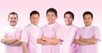 dentists-at-roomchang-dental